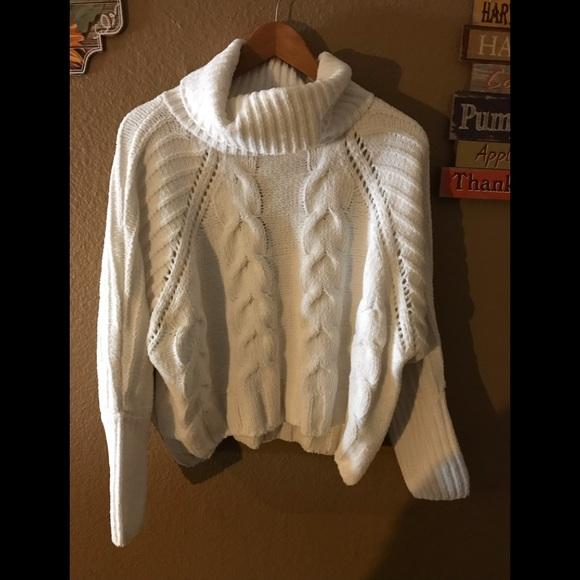 Moon And Madison Sweaters White Chunky Sweater Poshmark